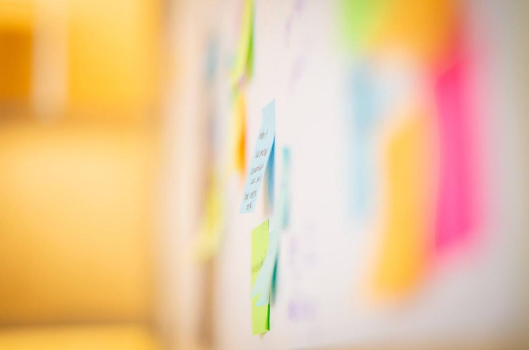 Graphikdesign im Online-Marketing: Warum die Farbwahl so wichtig ist
