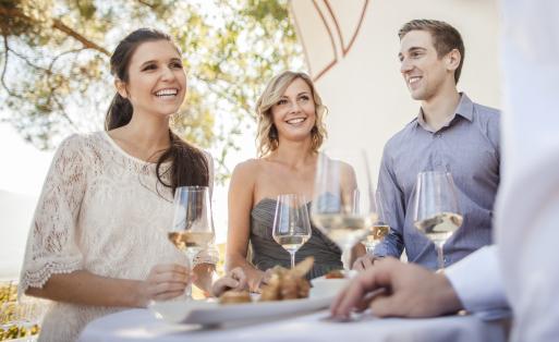 Den Sommer genießen – mit Südtirol DOC Wein