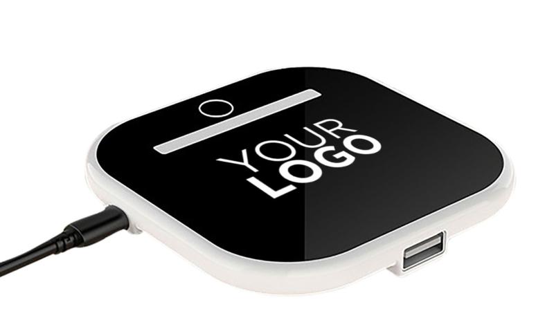 Im Sortiment: Wireless Charger mit flexibler Handyhalterung und Lampenfunktion