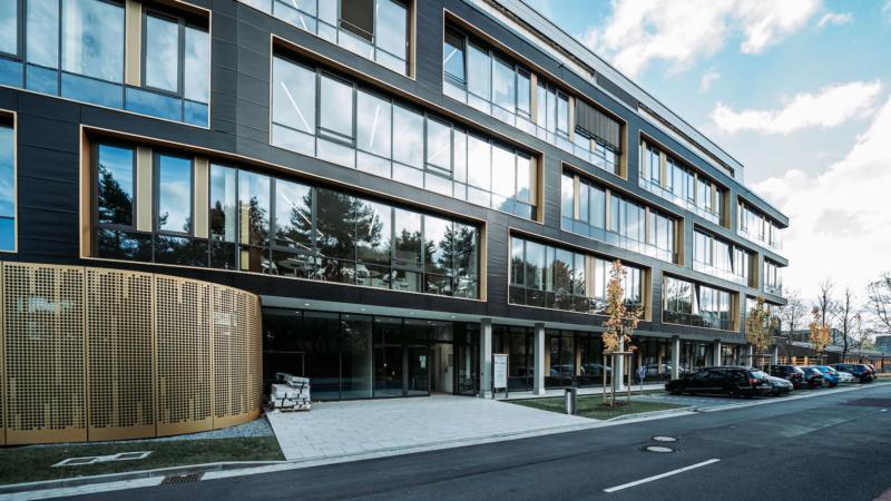 Leibniz-Institut DSMZ bezieht neues Zentrum für Wirkstoff- und Funktionelle Genomforschung