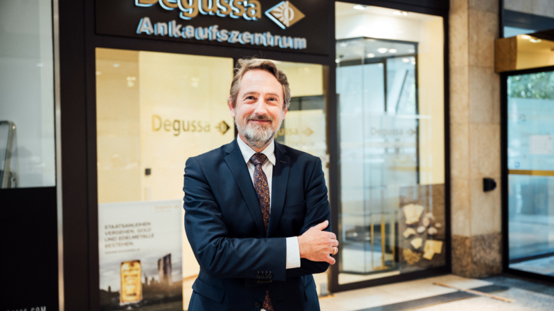 Neu in der Kö-Galerie: Exklusives Degussa-Verkaufsbüro für Edelmetall