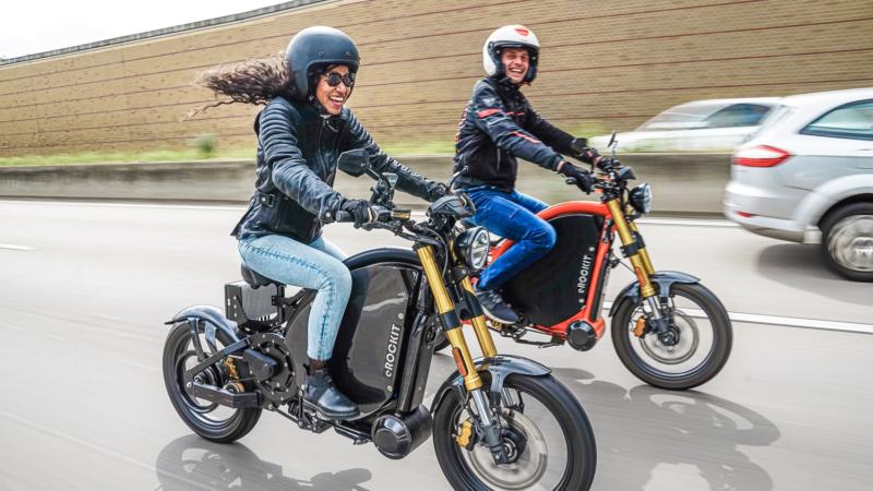 10 Facts über eROCKIT: Dieses Bike rockt auch die Autobahn!