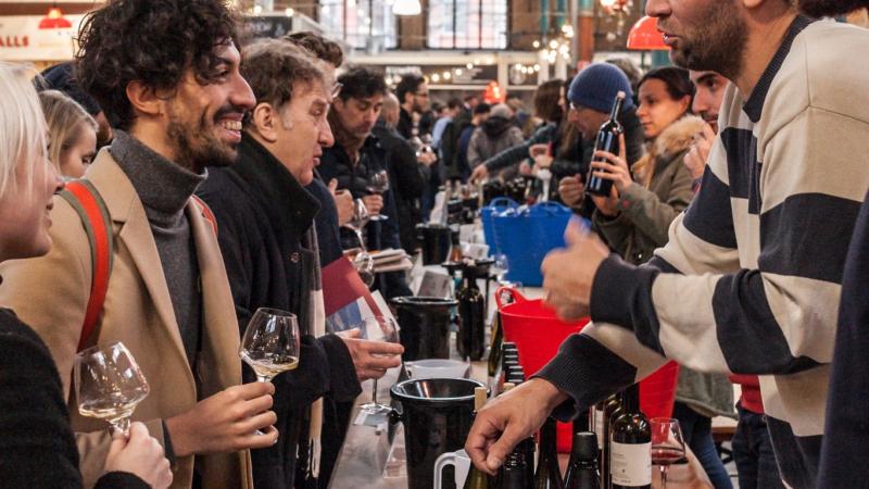 RAW WINE – Die weltgrößte Naturwein Messe kommt nach Berlin am 28.11.2021